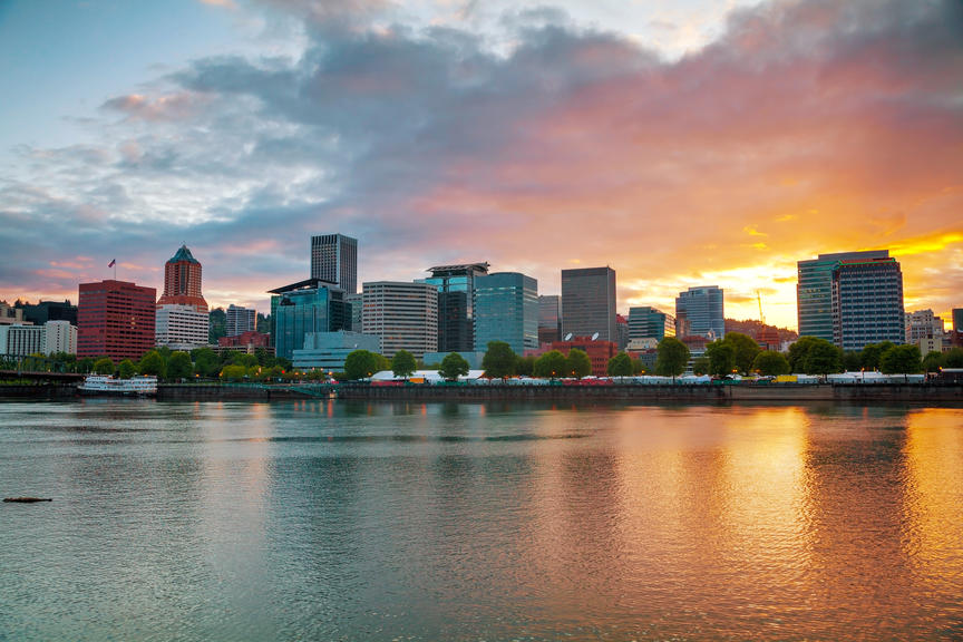 Downtown Portland, Oregon cityscape at the sunset time